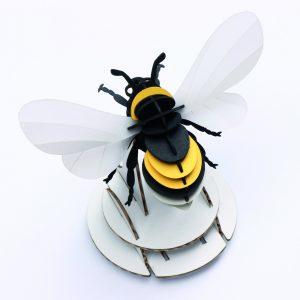 diy-assembli-bumble-bee-white-low