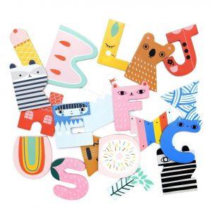 houten-letter-abc-kinderkamer-petit-monkey