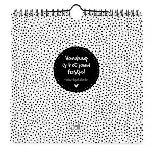 zoedt-verjaardagskalender-stippen-zwart-wit-vierkant