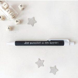 pen-deze-meester-is-een-topper-miek-in-vorm